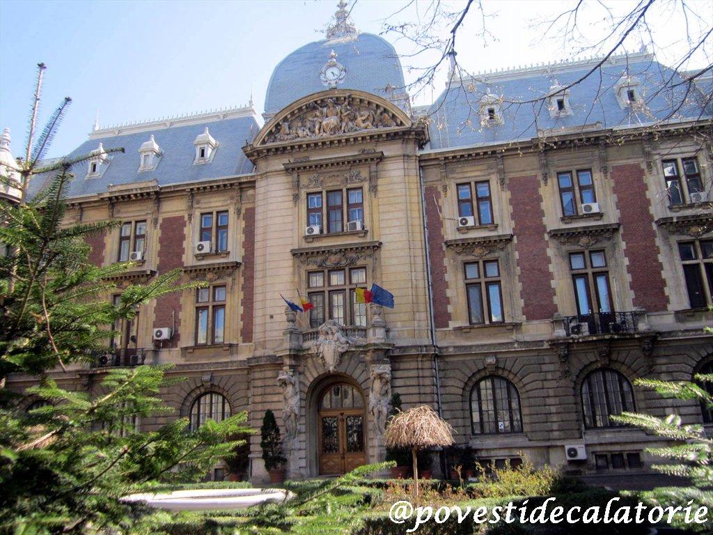 Bucuresti Palatul Agriculturii 08