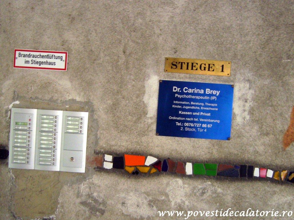 Hundertwasser house Viena (11)