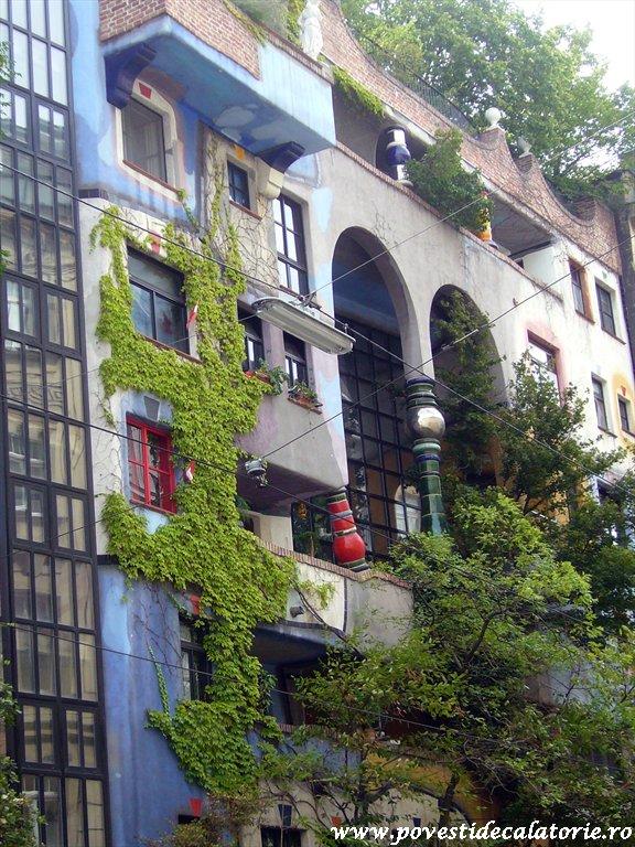 Hundertwasser house Viena (17)
