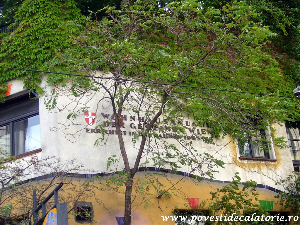 Hundertwasser house Viena (18)