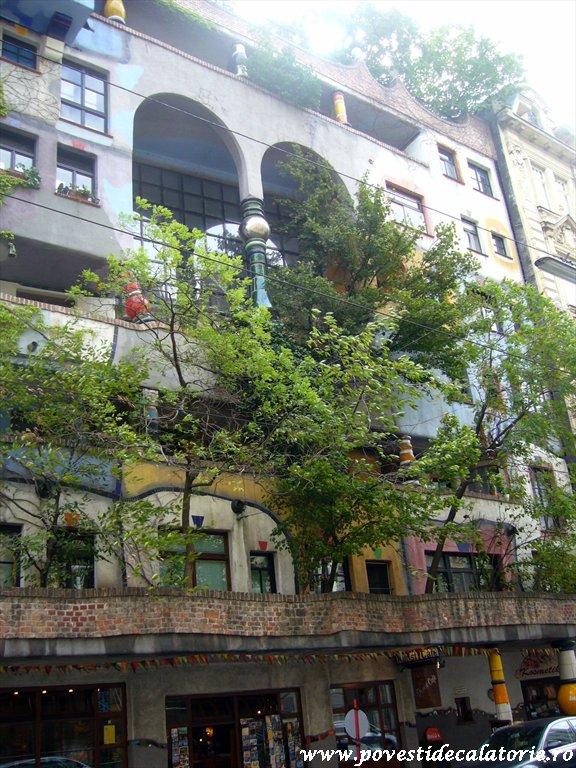 Hundertwasser house Viena (20)