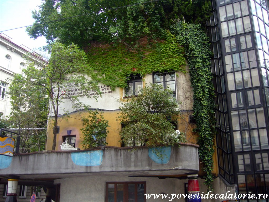 Hundertwasser house Viena (23)