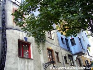 Hundertwasser house Viena (27)
