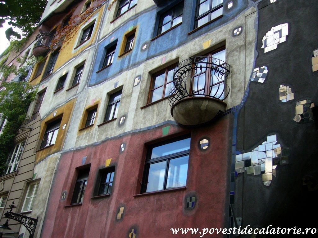 Hundertwasser house Viena (29)