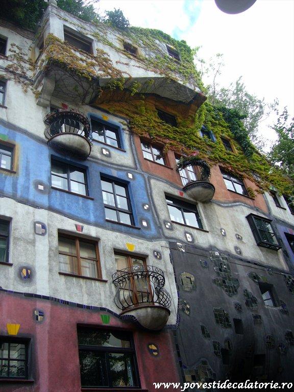 Hundertwasser house Viena (31)