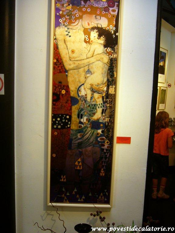 Hundertwasser house Viena (7)