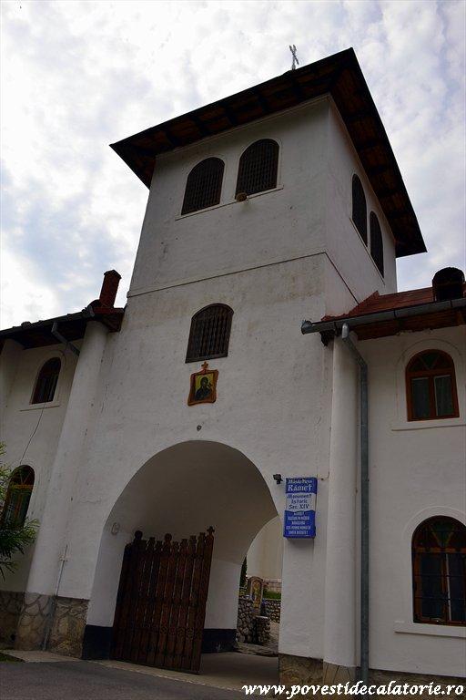 Manastirea Ramet.jpg (2)