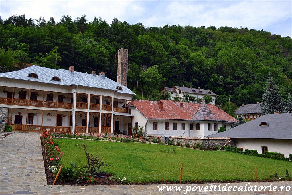 Manastirea Ramet.jpg (3)