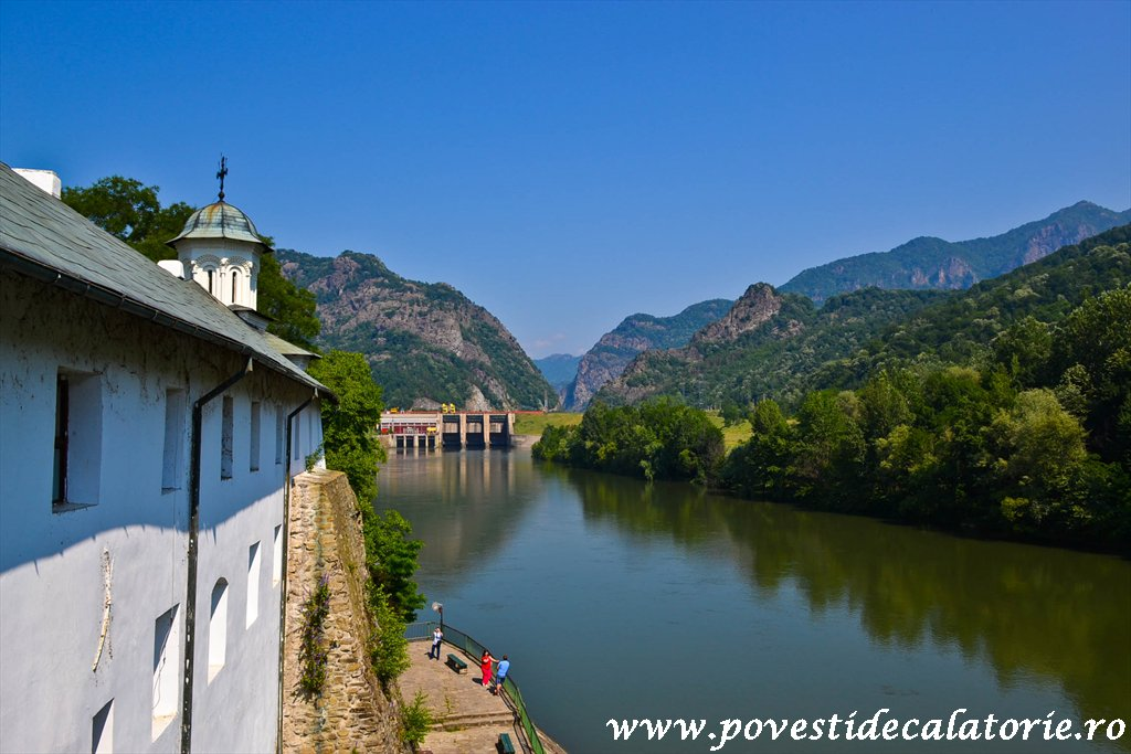 Manastirea Cozia (18 of 39)