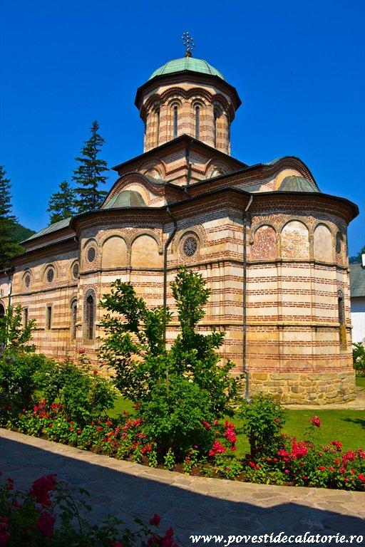 Manastirea Cozia (20 of 39)