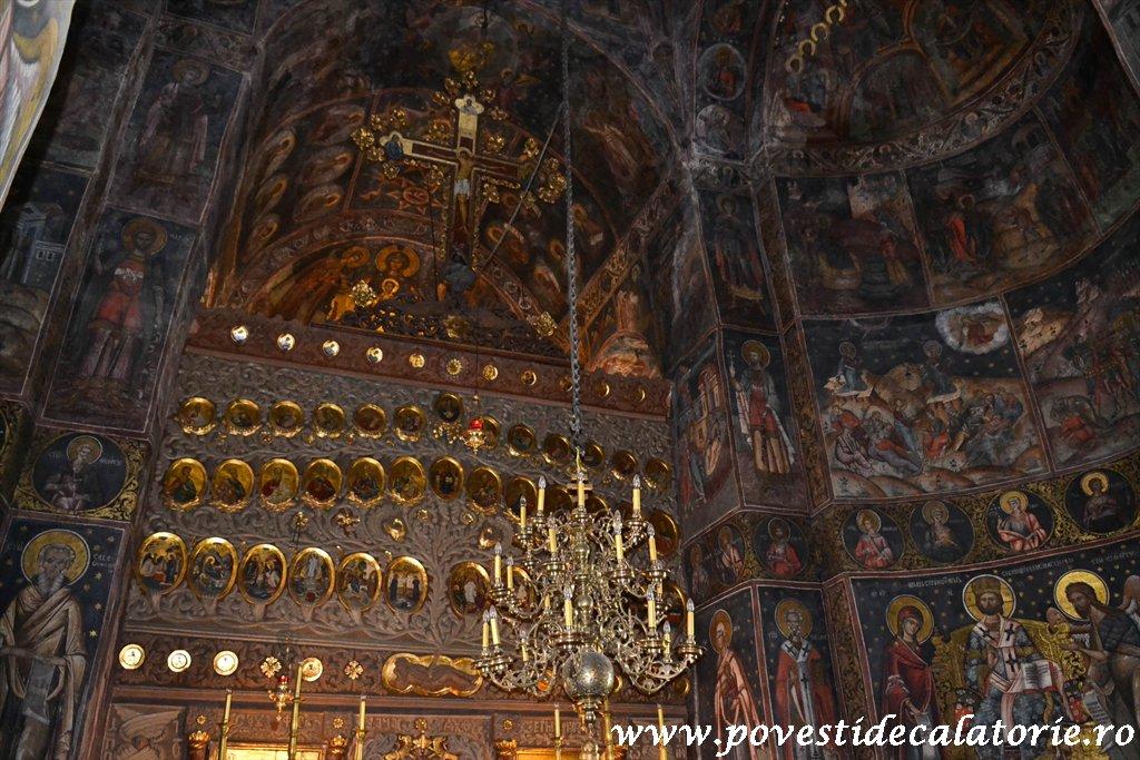 Manastirea Cozia (28 of 39)