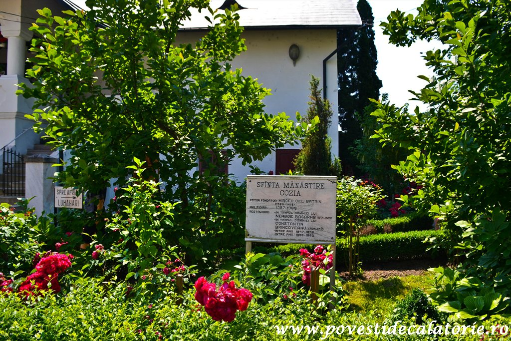 Manastirea Cozia (37 of 39)