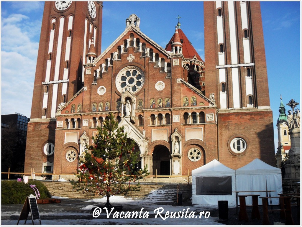 Targul de Craciun de la Szeged-Piata Domului1