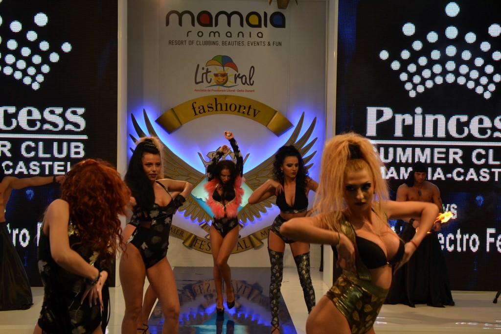 Mamaia Style (154)