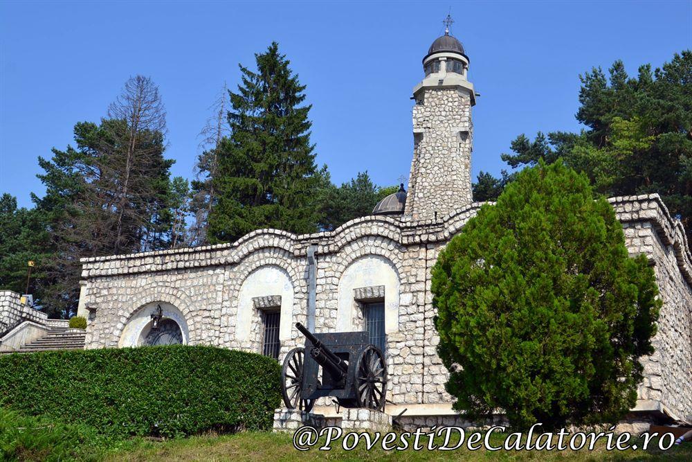 Mausoleul-de-la-Valea-Mare-Mateias-13