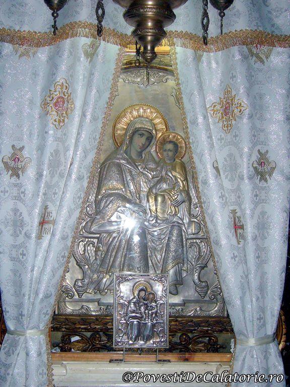 Biserica Sfantul Domnesc Neamt (11)