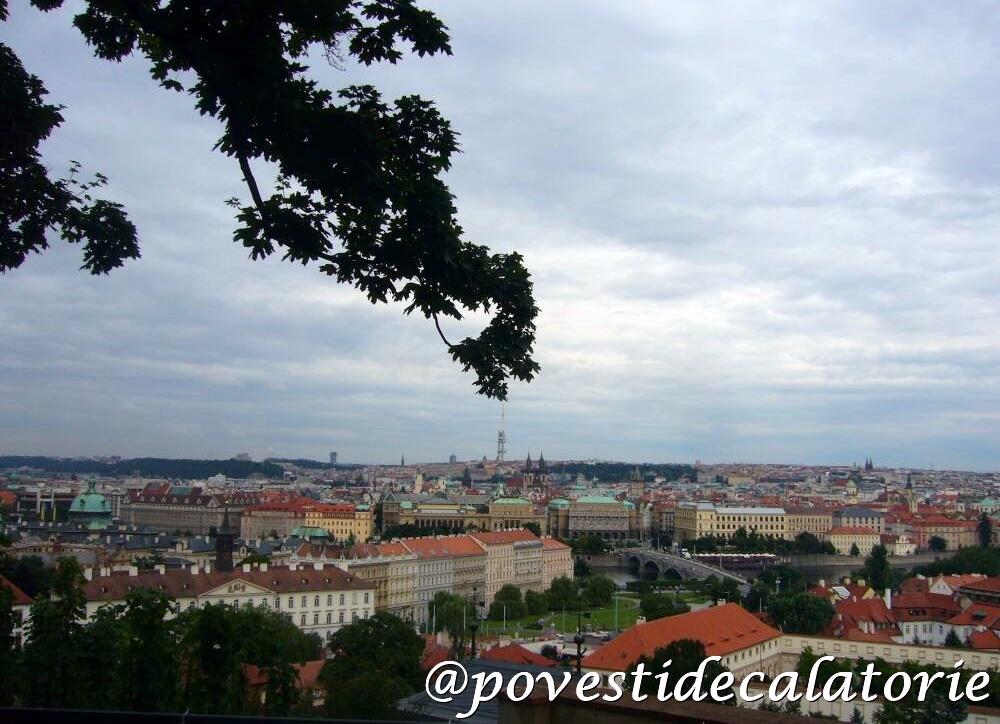 Praga Panorama orasului de la Castel