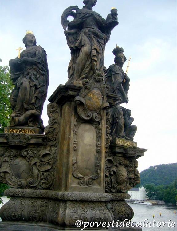 Praga statui pe podul Carol - Karluv Most