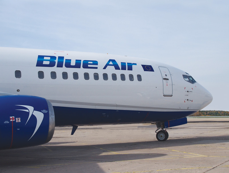 Blue Air - Boeing 737