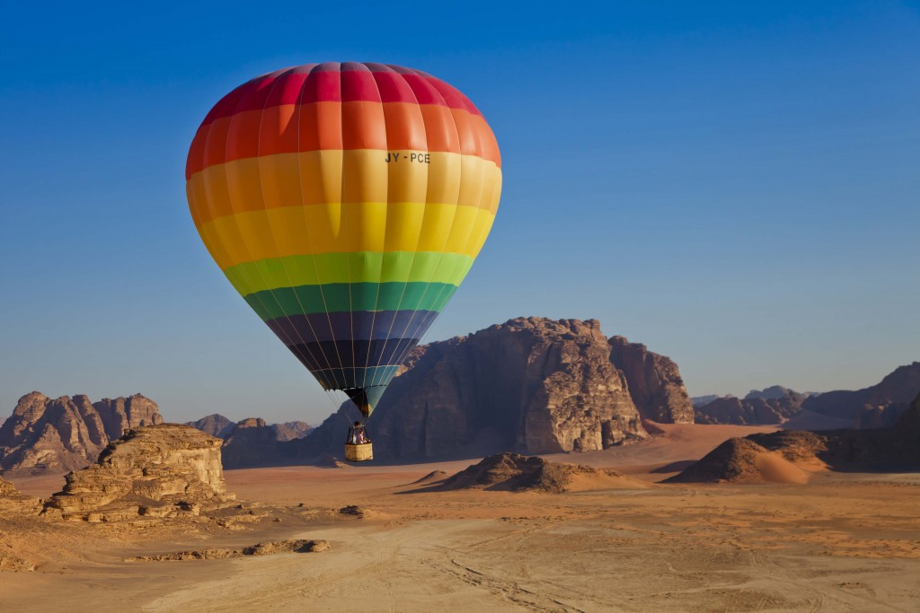 Wadi Rum balloon2